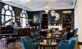 Adagio Lounge